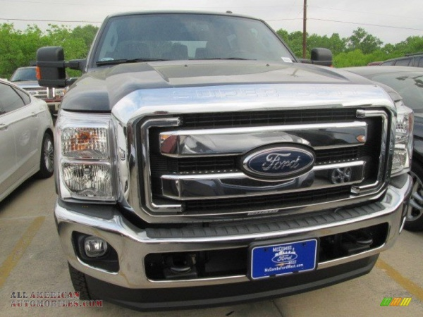 Ford F350 Super Duty XLT Crew Cab 4x4 New 2015